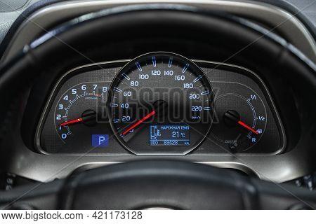 Novosibirsk, Russia - May 16, 2021: Toyota Rav-4, Speedometer, Tachometer And Steering Wheel Speedom