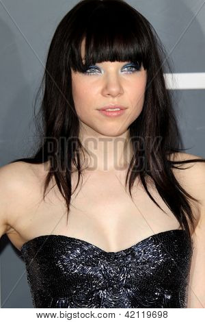 LOS ANGELES - FEB 10:  Carly Rae Jepsen arrives at the 55th Annual Grammy Awards at the Staples Center on February 10, 2013 in Los Angeles, CA