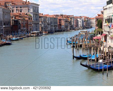 Incredible View Of The Grand Canal In Venice With The Clams Still And With Very Few Boats During The