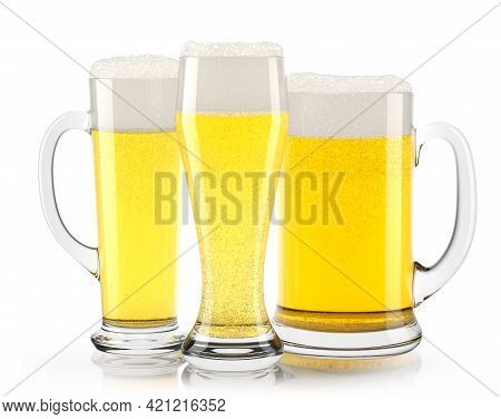 Set Of Fresh Light Beer Glasses With Bubble Froth Isolated On A White Background. 3d Rendering Conce