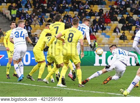 Kyiv, Ukraine - March 11, 2021: Dynamo Kyiv Players (in White) Fight For A Ball With Villarreal Play
