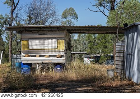 Old Caravan Accommodation In The Bush On The Gem Prospecting Leases In Outback Australia