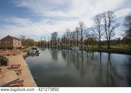 Views Of The Thames At Wallingford, Oxfordshire In The Uk, Taken On The 31st March 2021