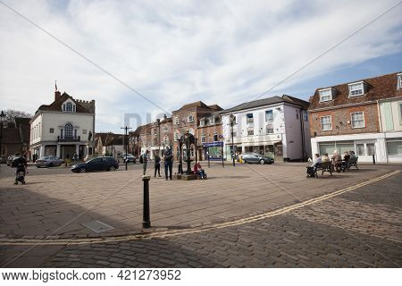 Views Of The Town Centre In Wallingford, Oxfordshire In The Uk, Taken On The 31st March 2021