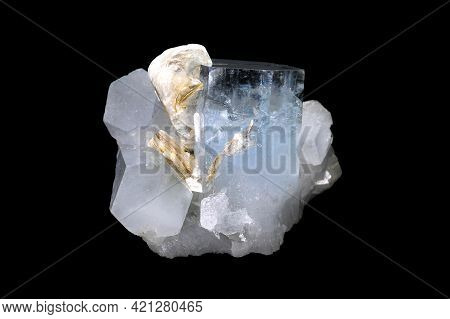 Natural Aquamarine Gemstone Transparent Raw Crystal Cluster With Muscovite. Mined In Pakistan. Colle