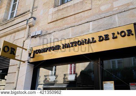 Bordeaux , Aquitaine France - 05 18 2021 : Comptoir National De L'or Logo Brand And Text Sign Specia
