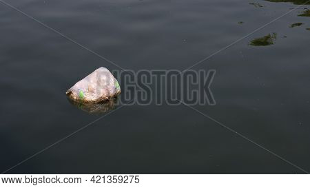 Garbage Floating In The River, Dirty The River It Is An Problem That Everyone Has To Help Each Other