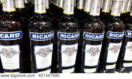 Bordeaux , Aquitaine France - 05 18 2021 : Ricard Pastis Aperitif Logo Brand And Text Sign On French