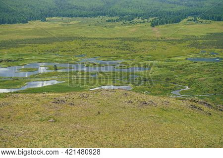 Beautiful Green Mountain Scenery With Lake System On Tableland. Scenic Alpine Landscape With Lakes G