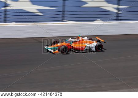 May 21, 2021 - Indianapolis, Indiana, USA: JAMES HINCHCLIFFE (29) of Toronto, Canada practices for the 105th Running Of The Indianapolis 500 at the Indianapolis Motor Speedway