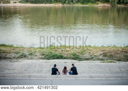 Szeged, Hungary - July 21, 2017: Selective Blur On A Group Of Young People, Boys And Girls, Friends,