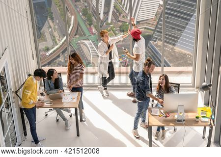 Top View Scene Group Of Asian And Multiethnic Business People With Casual Suit Working And Brainstor