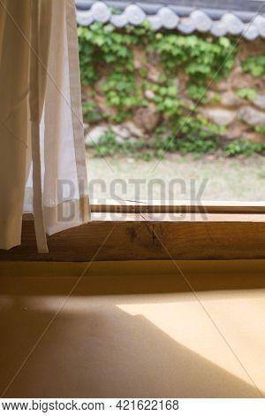 In The Hanok House, You Can See The Open Door