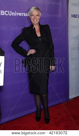 LOS ANGELES - 06 de JAN: TABITHA COFFEY llegando a TCA invierno prensa Tour 2012: fiesta de la NBC en enero