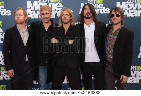 LOS ANGELES - JUN 05:  FOO FIGHTERS arriving to MTV Movie Awards 2011  on June 05, 2011 in Hollywood, CA