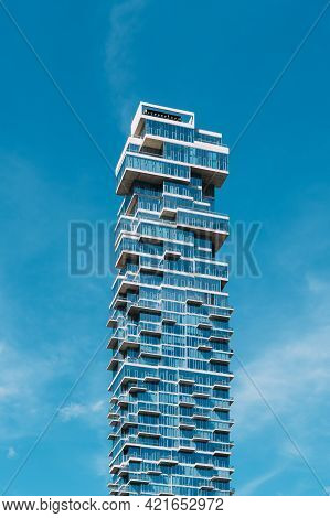 New York City, Usa - June 25, 2018: Low Angle View Of Modern Apartment Skyscraper In Tribeca Distric