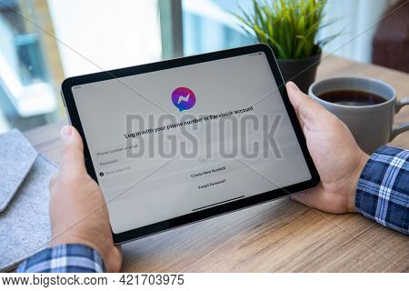Alanya, Turkey - May 14, 2021: Man Hand Holding Ipad Air Space Gray With Social Networking Service M
