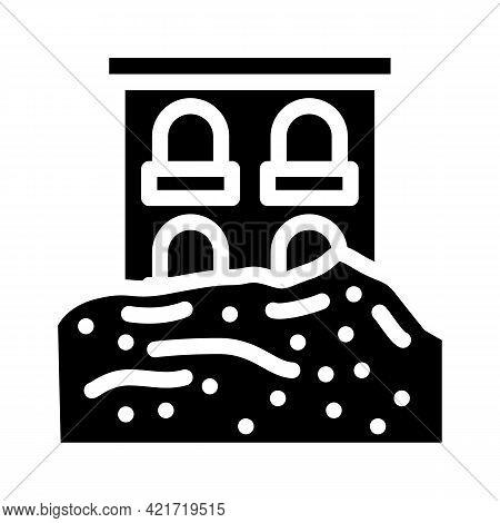 Heavy Rainfall Disaster Glyph Icon Vector. Heavy Rainfall Disaster Sign. Isolated Contour Symbol Bla