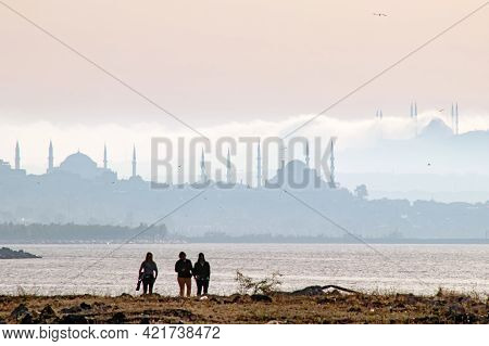 Istanbul,turkey-may 25,2021.the Silhouette Of Istanbul\'s Mosques From The Yedikule Coast In The Ear