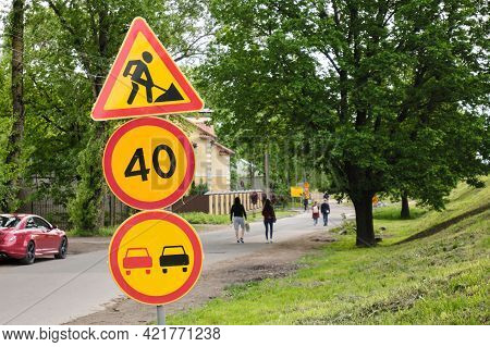 Road Signs. Road Works. Road Warning Signs. City Streets. No Overtaking. Speed Limit.