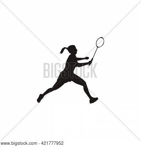Silhouette Of Women Badminton Get Ready To Receive The Shuttlecock From The Opponent - Women Are Pla