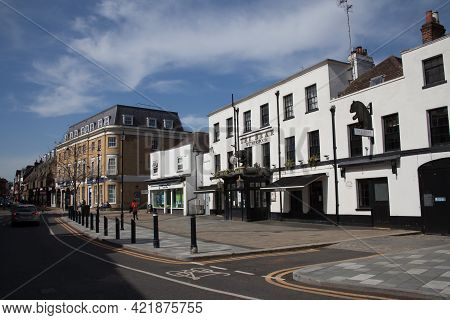 Buildings In Maidenhead Including The Wetherspoon's Pub The Bear In Berkshire In The Uk, Taken 30th