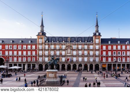 Madrid, Spain - April, 18 2021: Scenic Of Plaza Mayor Square In Madrid, Spain. View During Restrctio