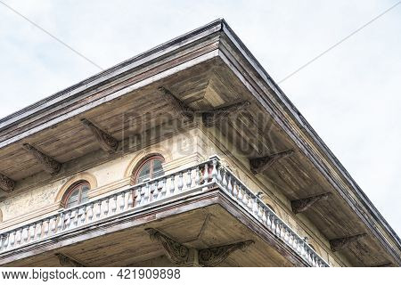 New Orleans, La - August 5: Wraparound Balcony And Upper Corner Of Historic Luling Mansion Showing A