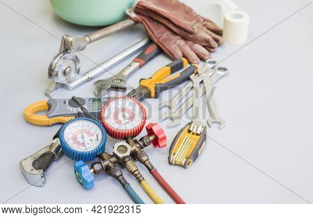 Tools For Air Conditioning Repair And Maintenance.