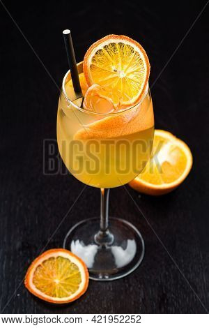 Long Drink Vodka, Classic Alcoholic Cocktail With Orange