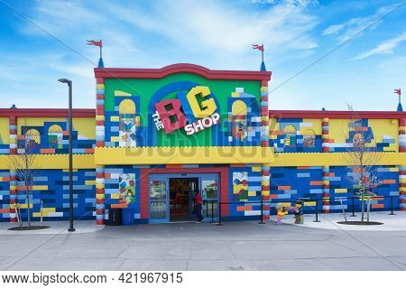 Brooklyn, Ny - April 24 2021: Front Of The Big Shop With Lego Items In Legoland. Amusement Park Buil