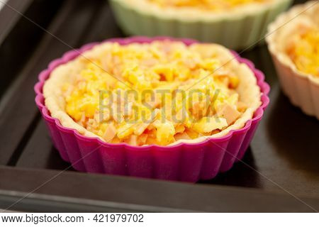 Preparation Of A Delicious Cheese And Ham Tartlet