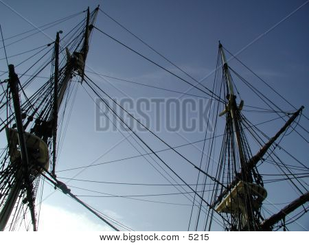 Pirate Masts (1)