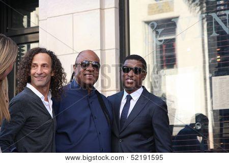 LOS ANGELES - OCT 10:  Kenny G, Stevie Wonder, Kenny