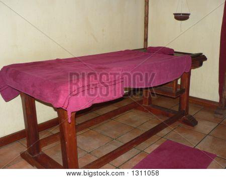 Massaging Bed