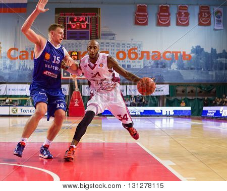 Bc Krasnye Krylia Guard Bracey Wright (34) Drives To The Basket