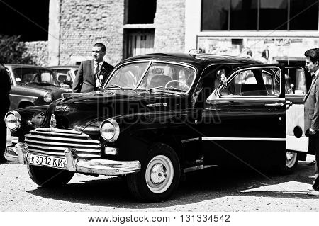 Podol, Ukraine - May 19, 2016: Gaz-12 Zim, Luxury Soviet Limousine, Produced By The Gorky Automotive