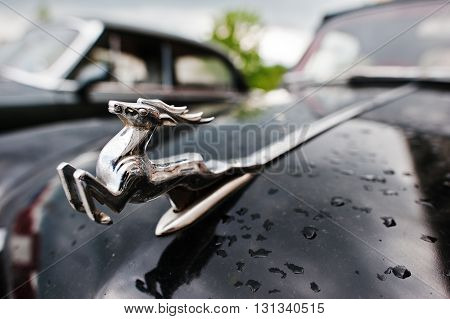 Podol, Ukraine - May 19, 2016: Logo Deer Mascot At Classic Soviet Retro Car Gaz-21 Volga