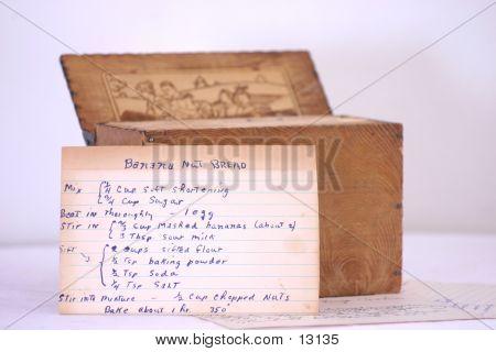 Old Recipe Box W/ Recipe