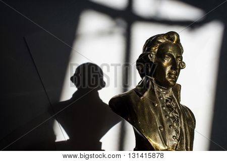 close up of Wolfgang Amadeus Mozart statue portrait