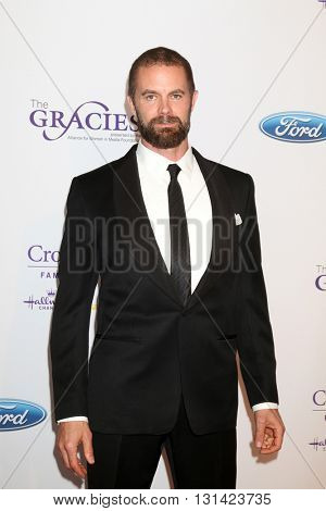 LOS ANGELES - MAY 24:  Garret Dillahunt at the 41st Annual Gracie Awards Gala at Beverly Wilshire Hotel on May 24, 2016 in Beverly Hills, CA