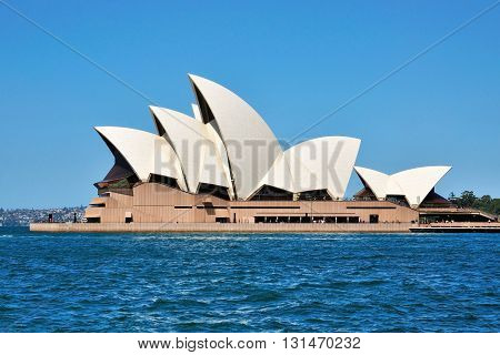 Sydney, Australia - October 19: The Iconic Sydney Opera House On October 19, 2015 In Sydney, Austral