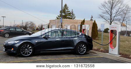 Tesla Supercharger Station, Ann Arbor, Mi