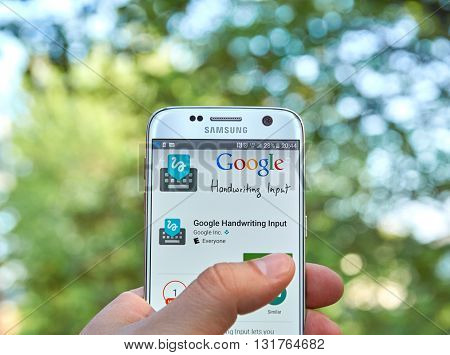 MONTREAL CANADA - MAY 23 2016 : Google Handwriting application on Samsung S7 screen. Google Handwriting Input allows users to handwrite text on a phone or tablet in 87 languages.