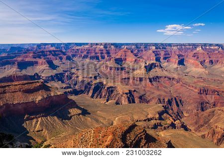 View Of Grand Canyon's Southern Rim From