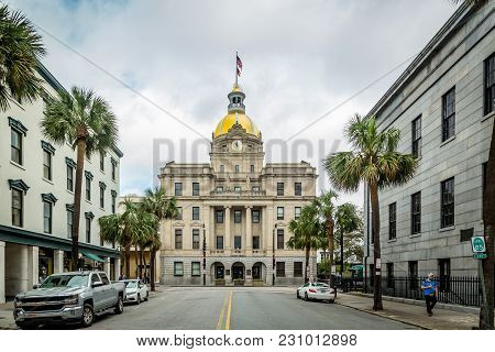 Savannah, Georgia - March 1, 2018: The City Hall Of Savannah Was Opened In 1906 And Was The First Bu