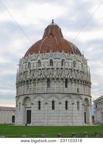 14.06.2017, Pisa, Italy: The Pisa Baptistery Of St. John, The Largest Baptistery In Italy, In The Sq