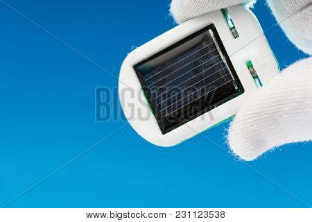 concept of a solar cell in the laboratory