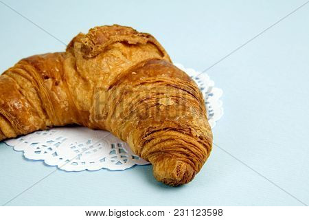 French Doily Croissant