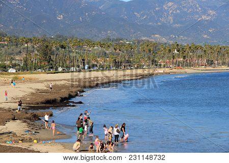 Santa Barbara, Usa - April 6, 2014: People Visit Chase Palm Park In Santa Barbara, California. Santa